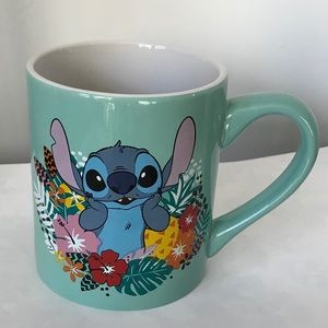 Silver Buffalo Disney's Lilo and Stitch 14 oz Mug